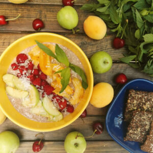 FLAX PORRIDGE WITH RASPBERRIES